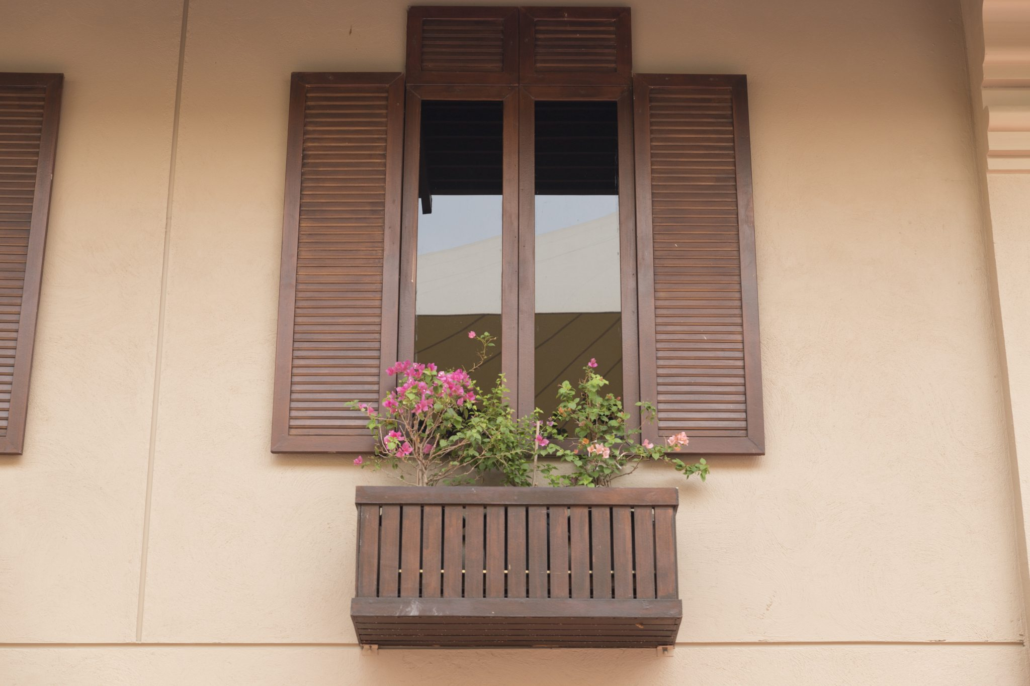 Keeping Your Home Cool in Summer with Window Tinting